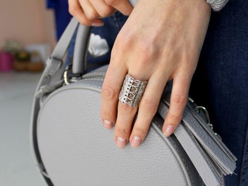 Серебряное кольцо Silver Wag